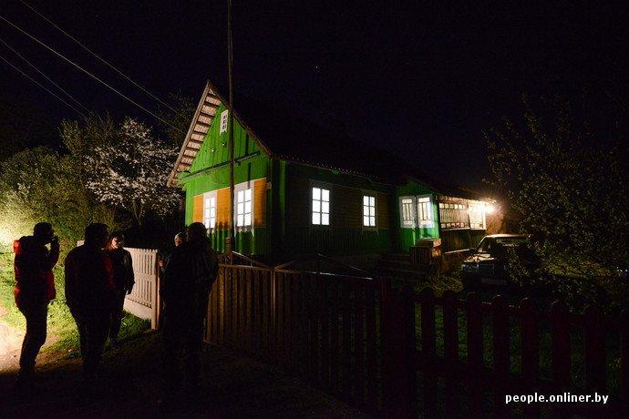 Фоторепортаж: в Сморгонском районе уфологи искали призрак «белой дамы» (фото) - фото 3