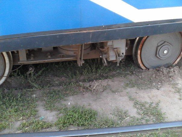 В Одессе трамваи массово сбегают с рельсов (ФОТО) (фото) - фото 1