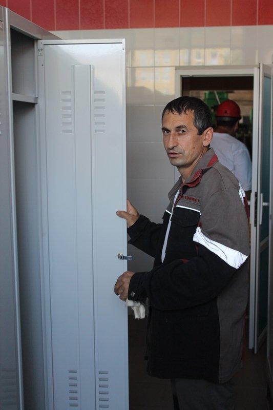 «Краснодонуголь» инвестировало еще 300 тысяч гривен в реализацию программы «Рабочий быт», фото-1