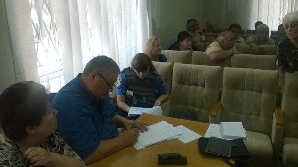 «То есть, сейчас мы голосуем за финансирование терроризма?» - депутат Красноармейского городского совета А. В. Шишко, фото-1
