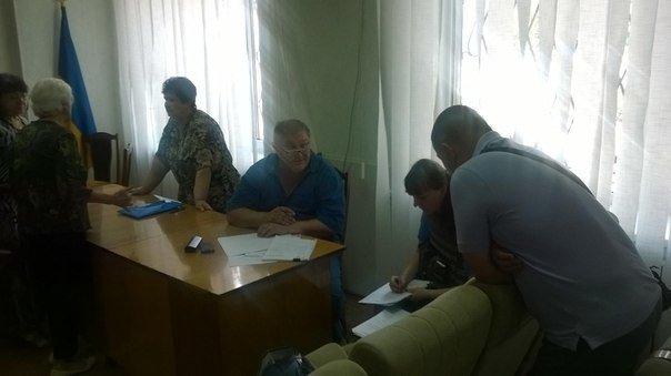 «То есть, сейчас мы голосуем за финансирование терроризма?» - депутат Красноармейского городского совета А. В. Шишко (фото) - фото 1