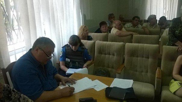 «То есть, сейчас мы голосуем за финансирование терроризма?» - депутат Красноармейского городского совета А. В. Шишко (фото) - фото 3