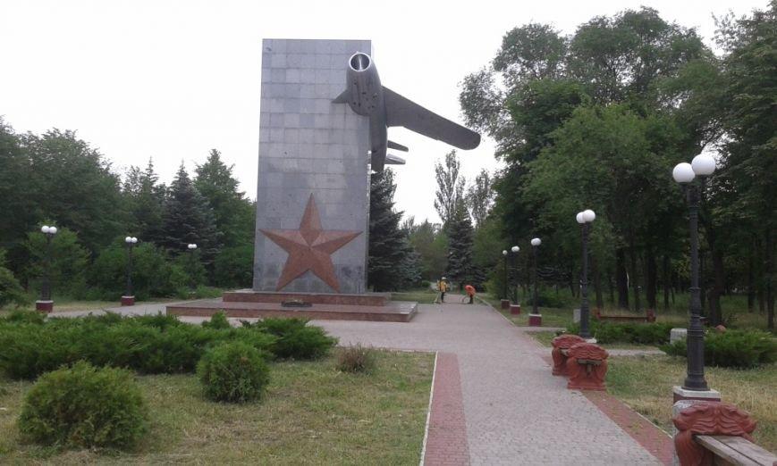 В Енакиево благоустраивают знаковые места, фото-1