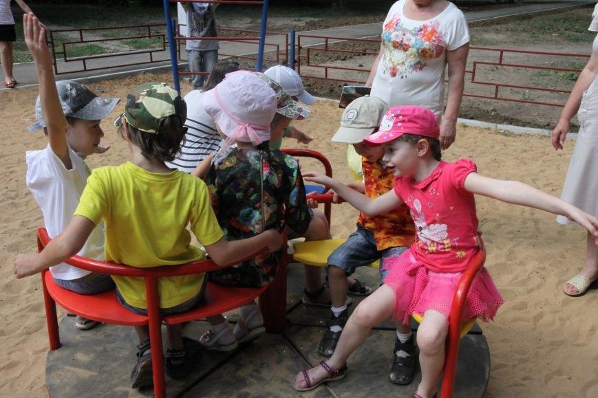 В Николаеве за 3 недели «выросла» новая детская площадка (ФОТО), фото-5