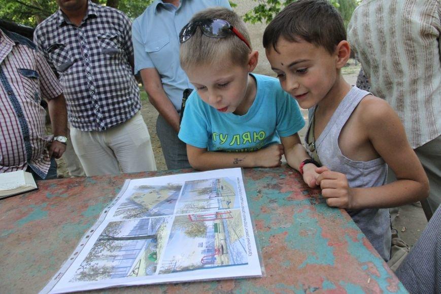 В Николаеве за 3 недели «выросла» новая детская площадка (ФОТО), фото-8