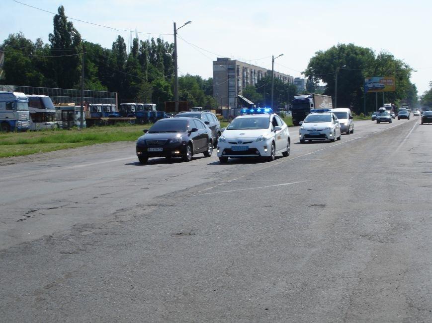 В Полтаві й досі перекрита ділянка траси Київ-Харків. Фото (фото) - фото 5