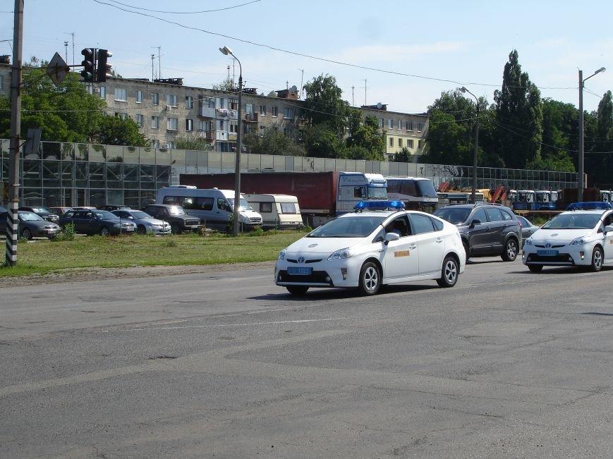В Полтаві й досі перекрита ділянка траси Київ-Харків. Фото (фото) - фото 4