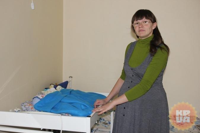 Светлана Прокофьева, родившая в Кривом Роге «тройняшек», помогает молодой маме тройни из Марганца (фото) - фото 2