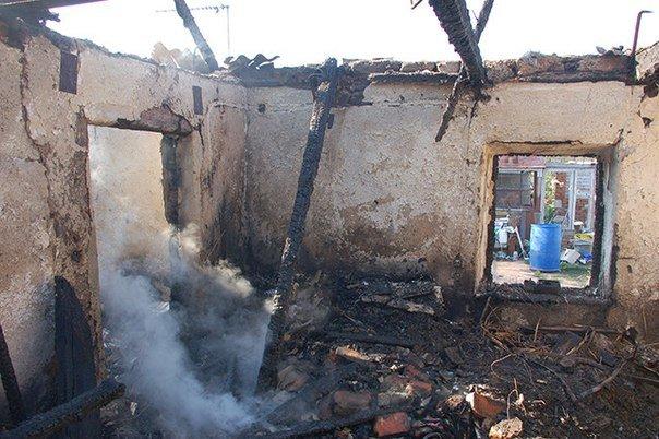 Ночной пожар на Николаевщине унес жизни матери и ребенка (фото) - фото 1