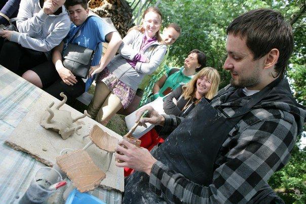 Відомий художник-кераміст з Конотопа дасть майстер-клас на фестивалі гончарства у Опішні (фото) - фото 1