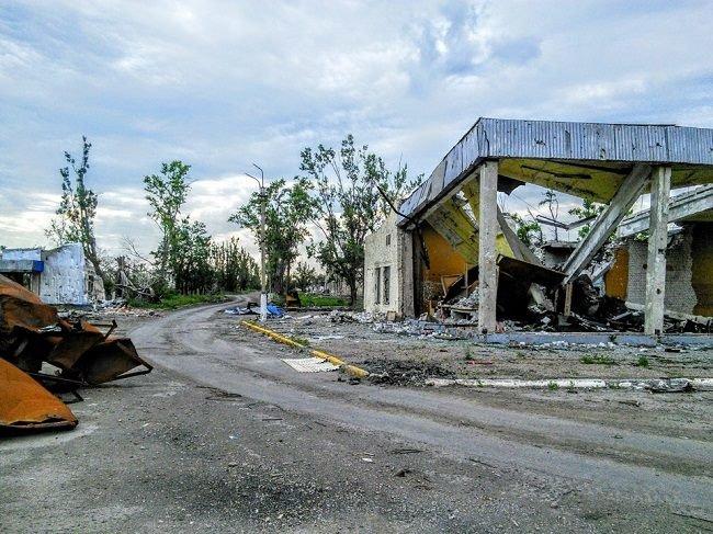 Что осталось от аэропорта в Луганске (ФОТО) (фото) - фото 3