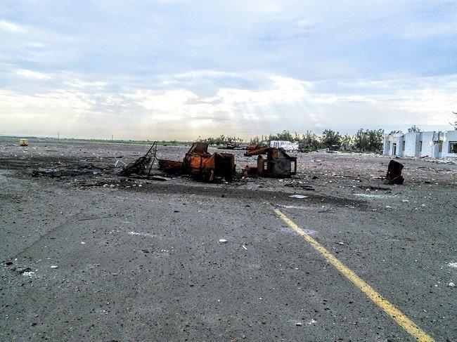 Что осталось от аэропорта в Луганске (ФОТО) (фото) - фото 1