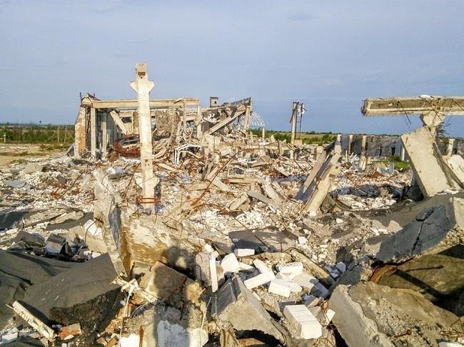Что осталось от аэропорта в Луганске (ФОТО) (фото) - фото 2