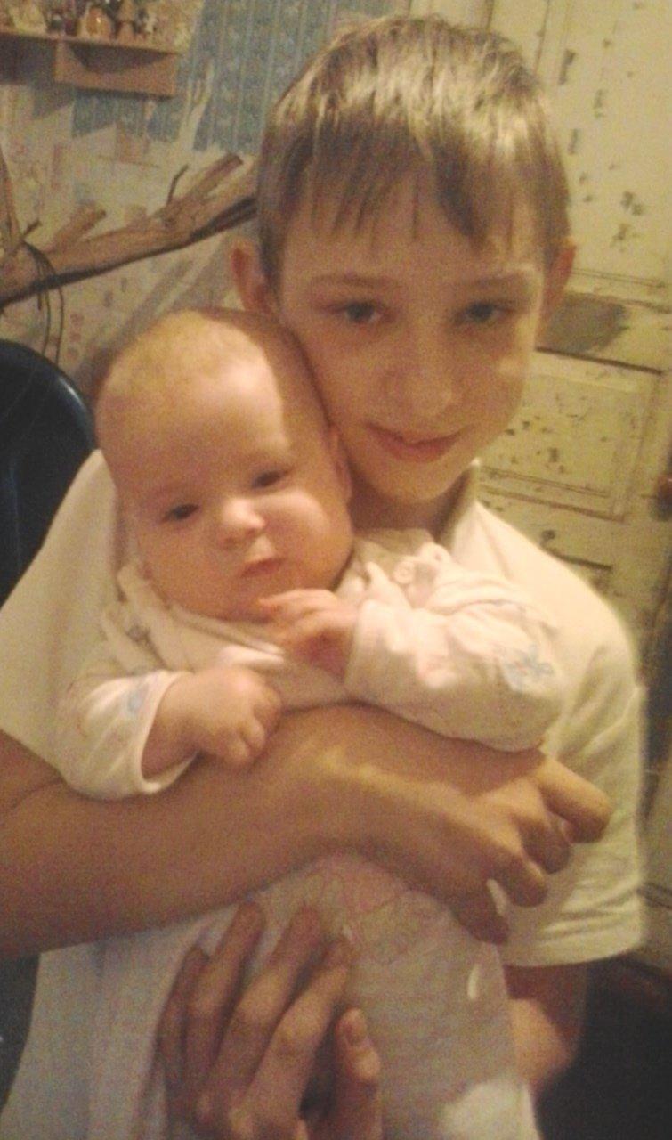 Маленький житель Днепродзержинска, объявленный в розыск, найден на вокзале (фото) - фото 1