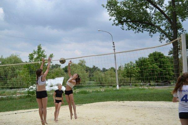 В Красноармейске прошел захватывающий турнир по пляжному волейболу (фото) - фото 2