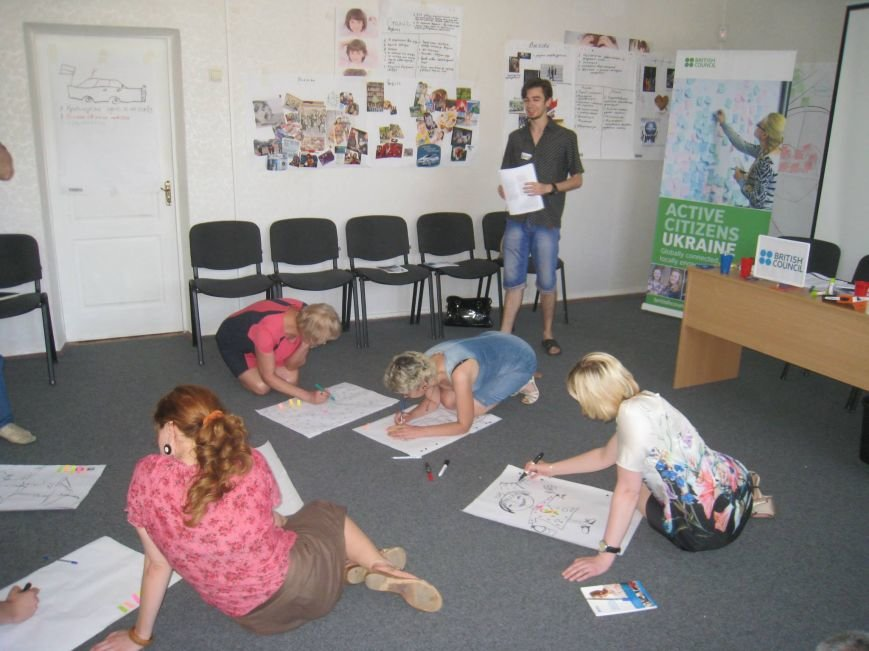 Мариупольцев учили, как разрабатывать социальные проекты (ФОТО) (фото) - фото 1