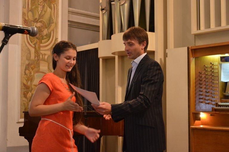 На Днепропетровщине 120 сирот получили областные стипендии (ФОТО), фото-5