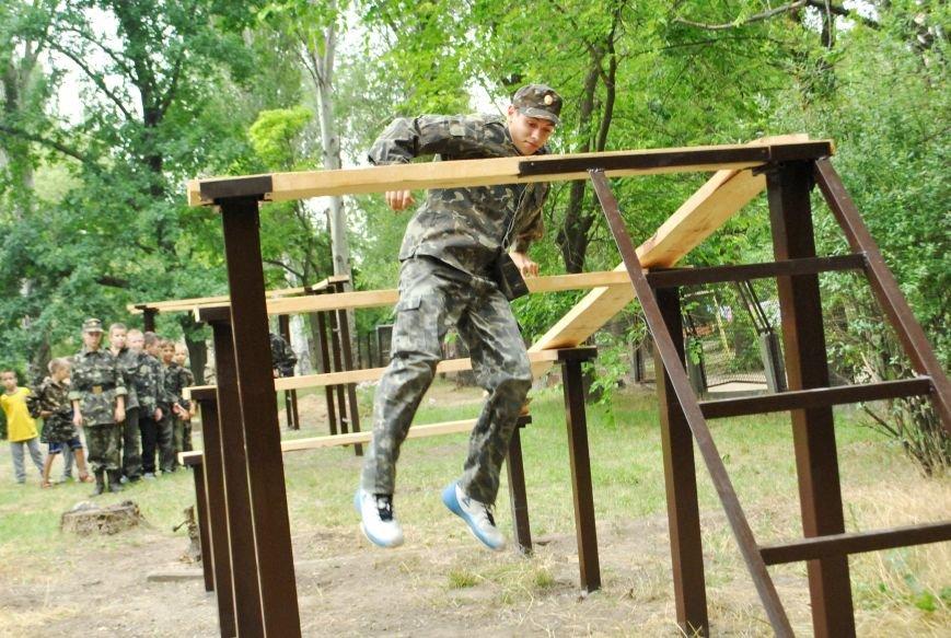 Благодаря меценату Александру Богуслаеву в «Школе Джур» появилась «полоса мужества» (фото) - фото 2