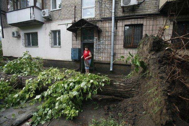 Ураган в Луганске принес масштабные разрушения (ФОТО) (фото) - фото 6