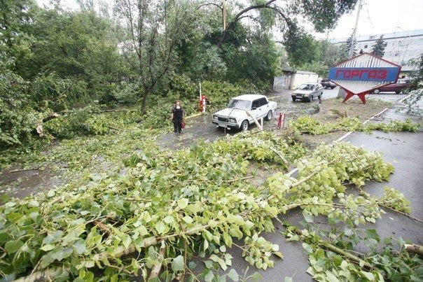 Ураган в Луганске принес масштабные разрушения (ФОТО) (фото) - фото 2