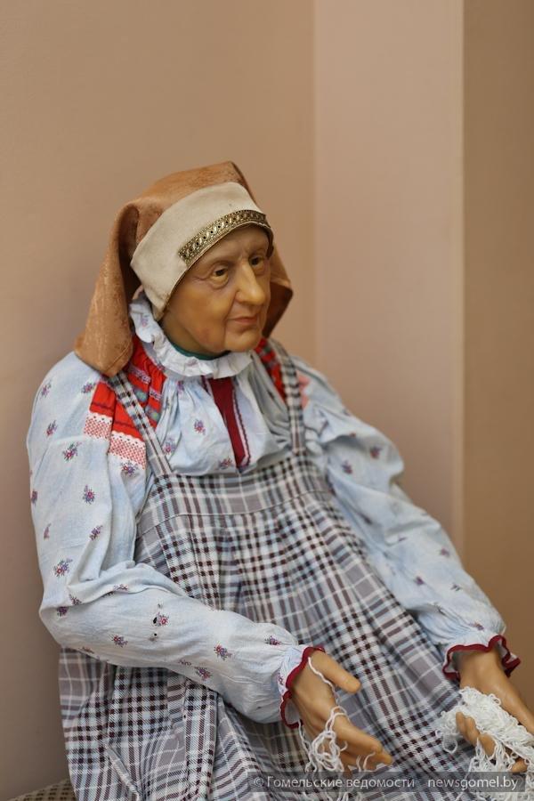 В Гомеле представлена выставка движущихся фигур «Лукоморье» (фото) - фото 1