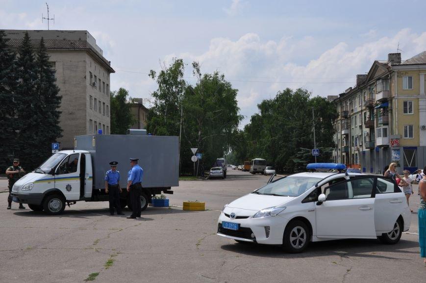 На центральной площади Краматорска состоялось мероприятие посвященное Дню Конституции (ФОТО и ВИДЕО), фото-17