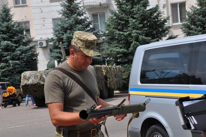 На центральной площади Краматорска состоялось мероприятие посвященное Дню Конституции (ФОТО и ВИДЕО), фото-6
