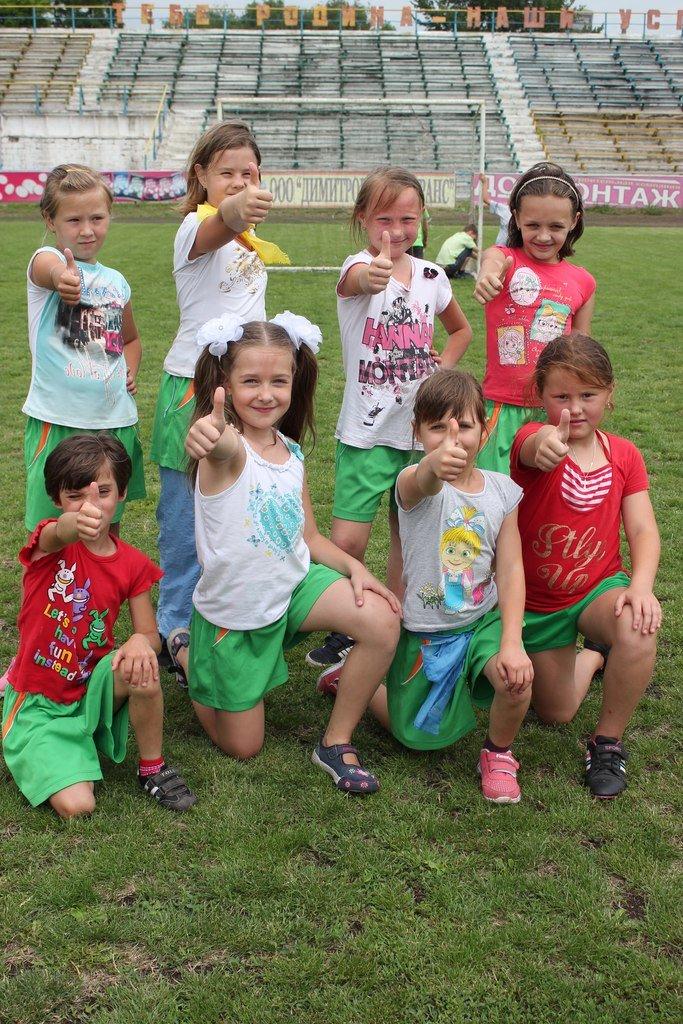 Школьники Димитрова завершили лагерную смену футбольным турниром (ФОТО) (фото) - фото 20