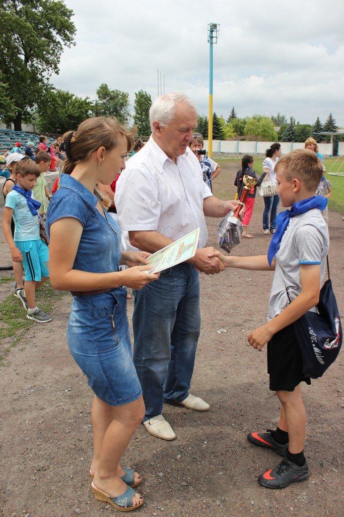 Школьники Димитрова завершили лагерную смену футбольным турниром (ФОТО) (фото) - фото 17
