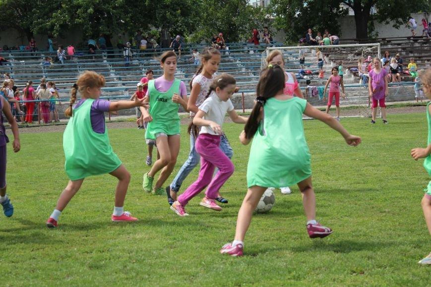 Школьники Димитрова завершили лагерную смену футбольным турниром (ФОТО) (фото) - фото 6