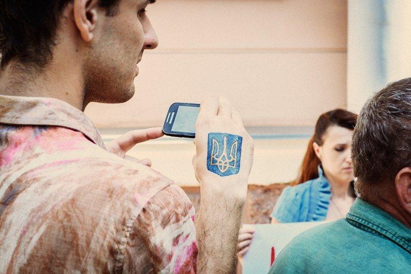 Национальный тренд: «Модный приговор» в ответ агрессору, Украина в сердце, и вышиванка, как символ единства (фото) - фото 10