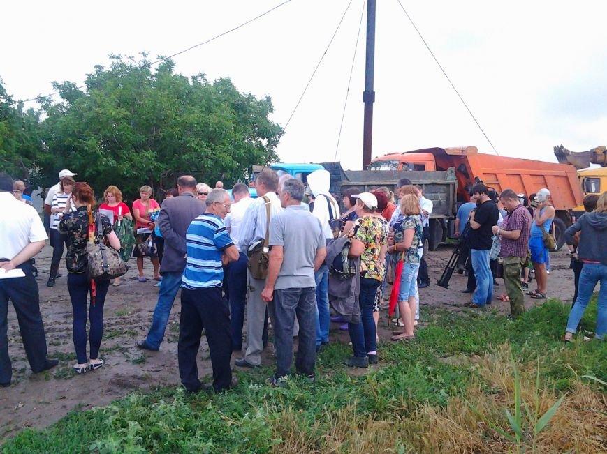 Экологический протест под Запорожьем: зловонные стоки «душат» местных жителей (ФОТО) (фото) - фото 6
