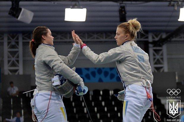Николаевская саблистка Харлан выиграла для Украины командное «золото» (ФОТО) (фото) - фото 1