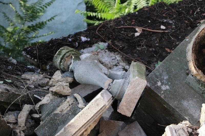 В Керчи обрушилась часть знаменитой Митридатской лестницы (ФОТОФАКТ) (фото) - фото 3