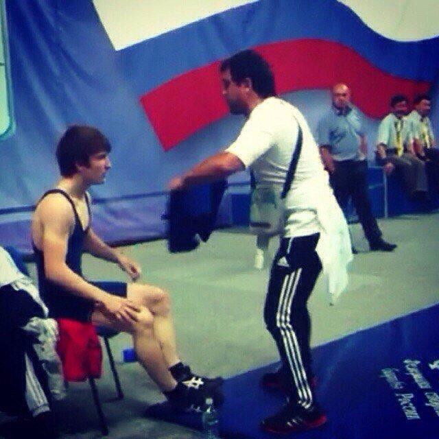 Волгоградец попал в тройку лидеров на соревнованиях по вольной борьбе (фото) - фото 1