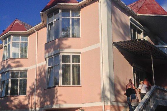 Подпольное казино работало в Чернигове с размахом (фото) - фото 1