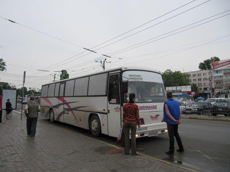 «Крымавтотранс» устроил проверки: На выезде из автостанций будут караулить автобусы, подбирающие пассажиров (ФОТО), фото-2