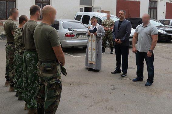 Працівники спецпідрозділу «Сокіл» поїхали на схід України (фото) - фото 1