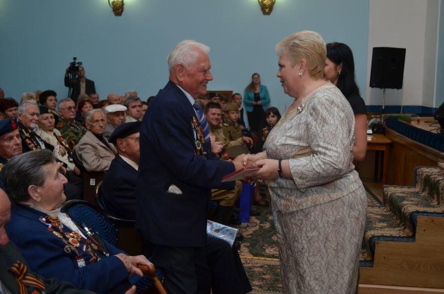 Аксенов пообещал сделать все возможное, чтобы крымским ветеранам жилось комфортно (ФОТО), фото-7