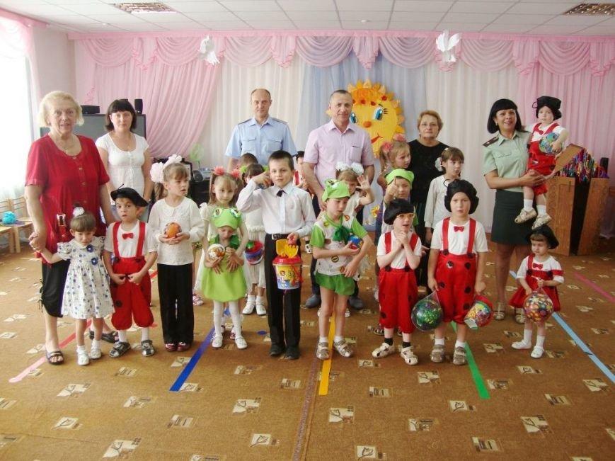 Крымские наркополицейские взяли шефство над детским домом (ФОТО) (фото) - фото 3