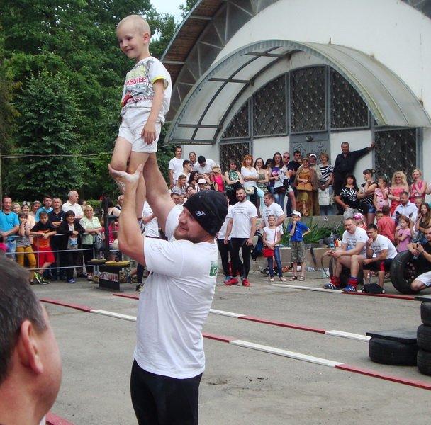 Богатирі зі всієї України змагались у Тернополі (фото) (фото) - фото 1