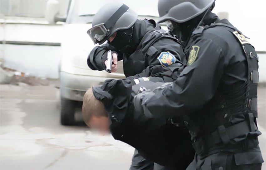 В Крыму перекрыли крупный канал поставки наркотиков из Украины (ФОТО) (фото) - фото 1