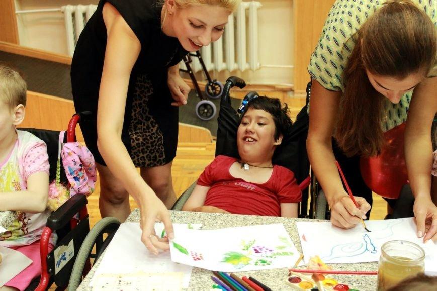 В Днепропетровске прошел «День доброты» (фото) - фото 1