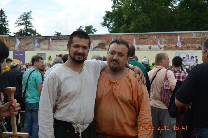 У Тростянці на день молоді відбувся фестиваль  історичної реконструкції «Стара фортеця. Подорож крізь століття» (фото) - фото 1