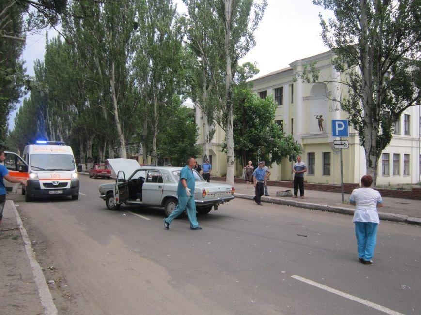 Авария на перекрестке Искры и Карла Маркса, есть пострадавшие. ФОТО (фото) - фото 1