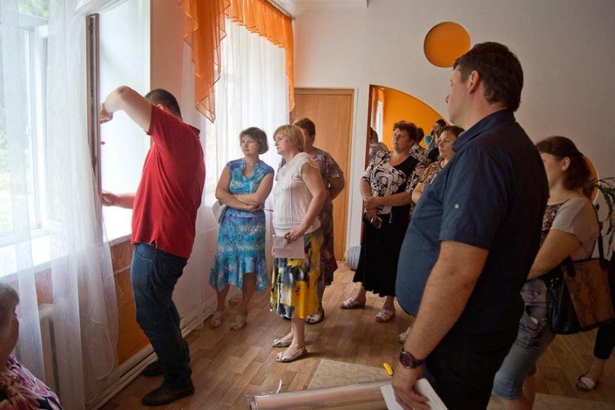 В Краматорске обучали, как эффективно восстанавливать поврежденные школы, фото-1