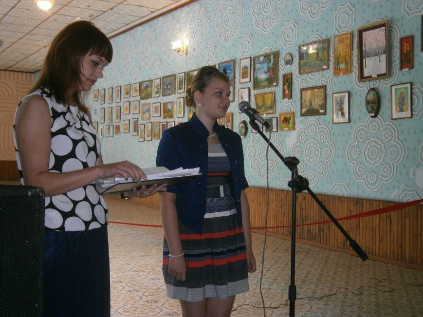 В Димитрове прошла дебютная выставка изостудии «Акварель» (фото) - фото 4