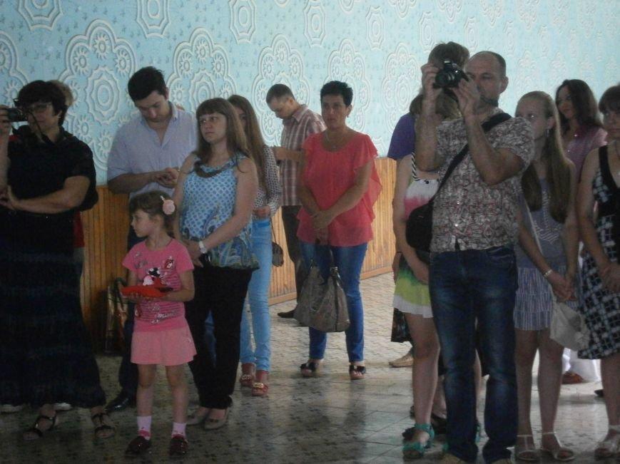 В Димитрове прошла дебютная выставка изостудии «Акварель» (фото) - фото 1