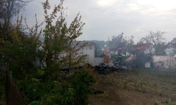 В Гродненском районе женщина выпрыгнула из окна второго этажа спасаясь от пожара (фото) - фото 5