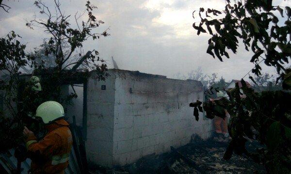 В Гродненском районе женщина выпрыгнула из окна второго этажа спасаясь от пожара (фото) - фото 4